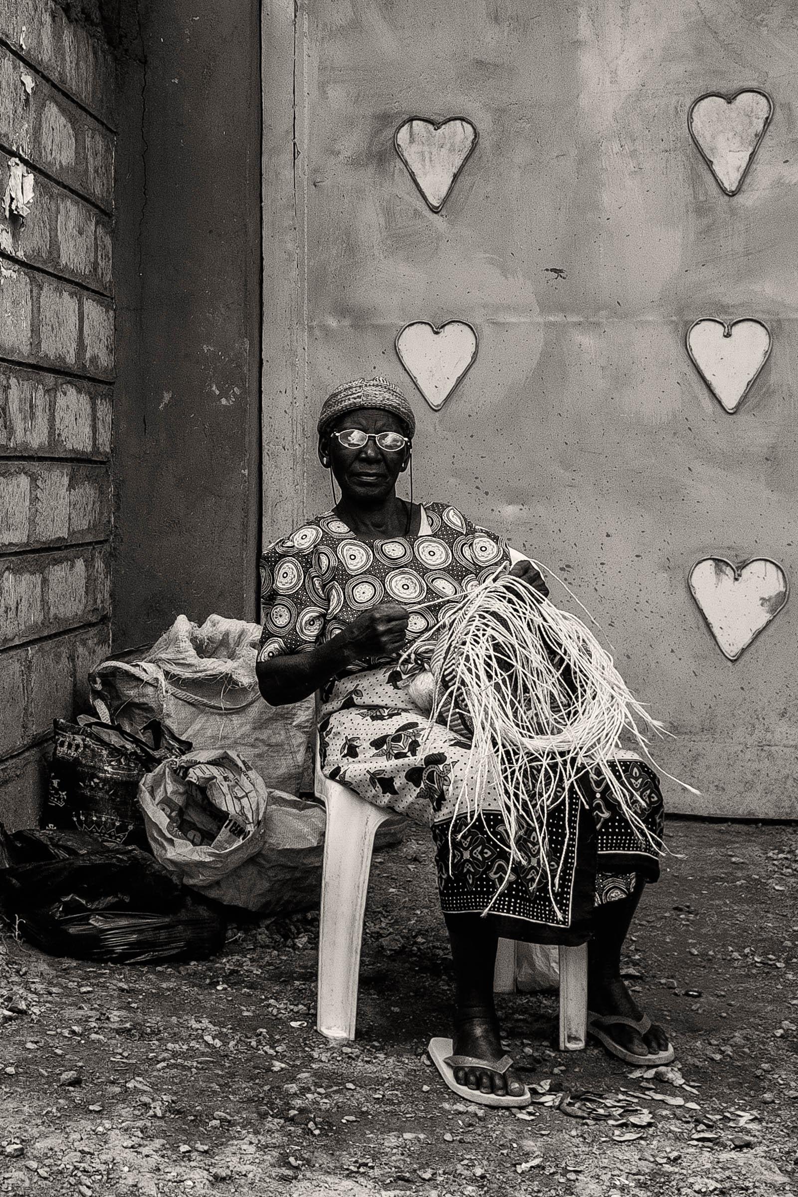 Kibera basketweaver (2014)