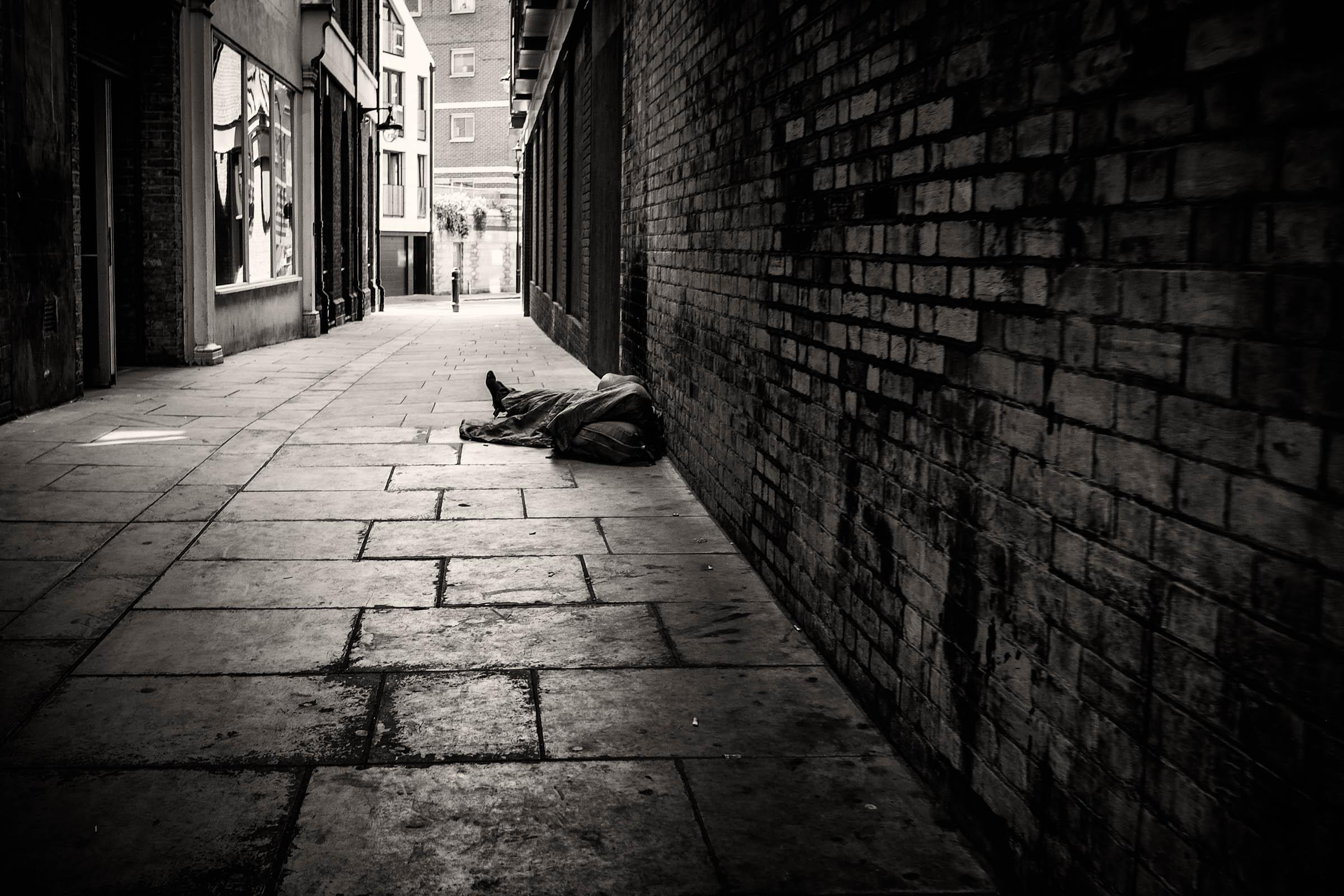 London alley sleeper (2014)