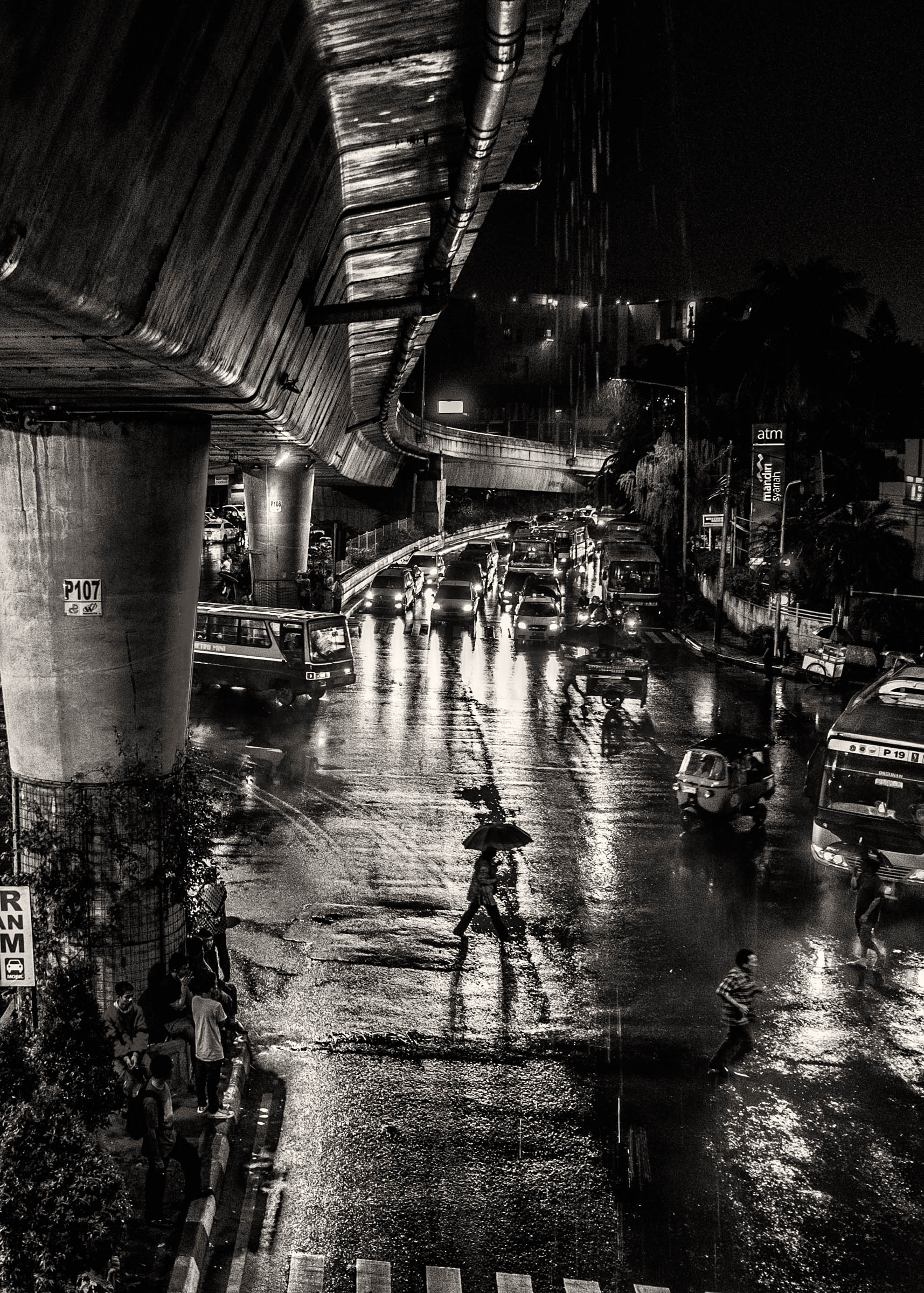 Jakarta rain walker (2015)