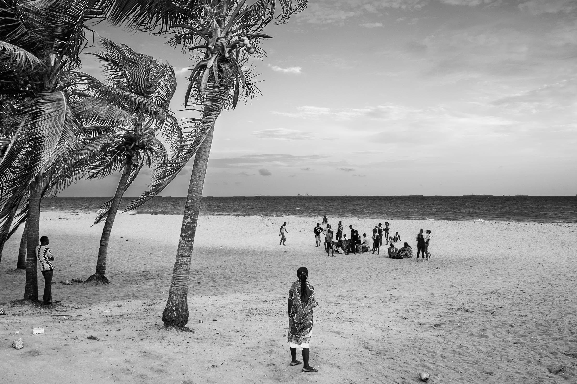 Lome beach dance group (2014)
